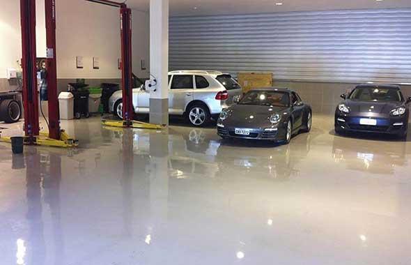 Piso Epoxi Concessionária Porsche
